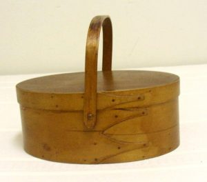 Shaker Oval Handled Box