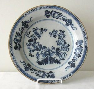 Delft Shallow Bowl