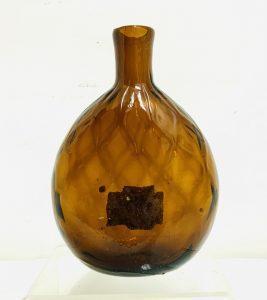 C. 1830 Zanesville, Ohio 10 Diamond Pocket Flask